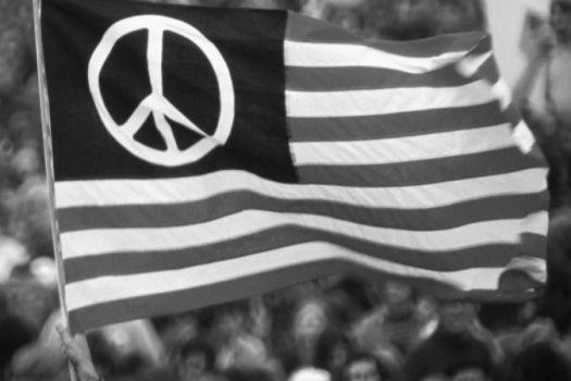 Breitbart vs. MSNBC: The War of American Media